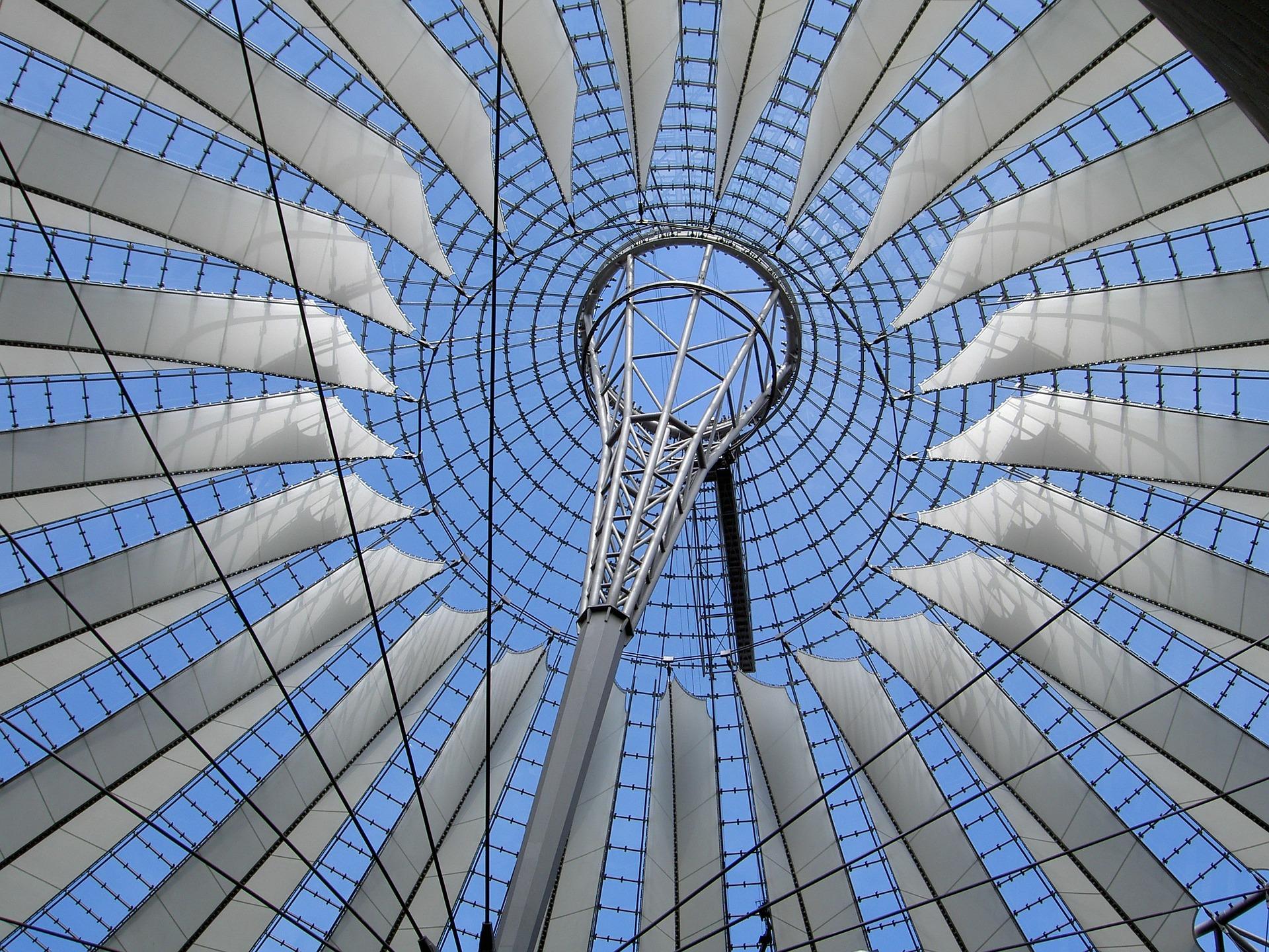 Una delle piazze più importanti e suggestive di Berlino: Potsdamer Platz