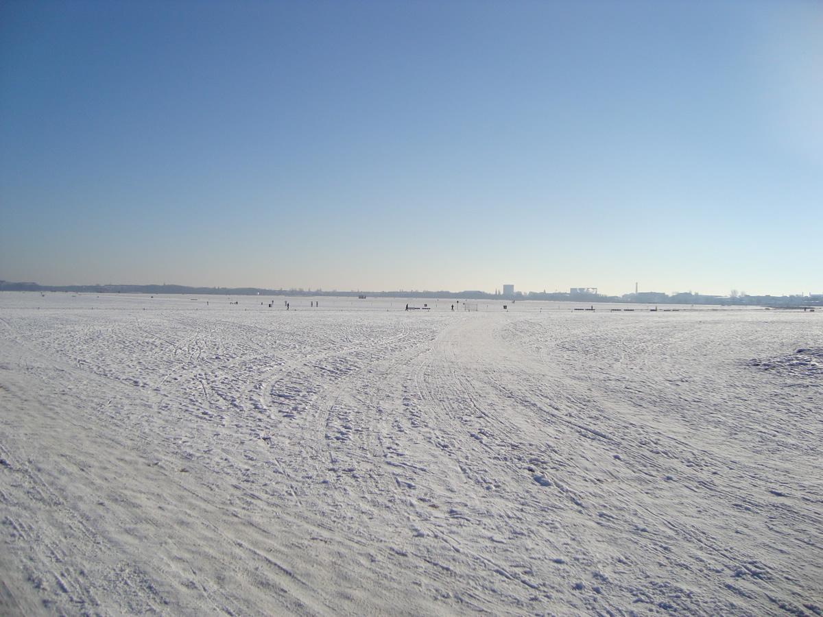 enza_L'ex aeroporto di Tempelhof e le sue Origini_02.