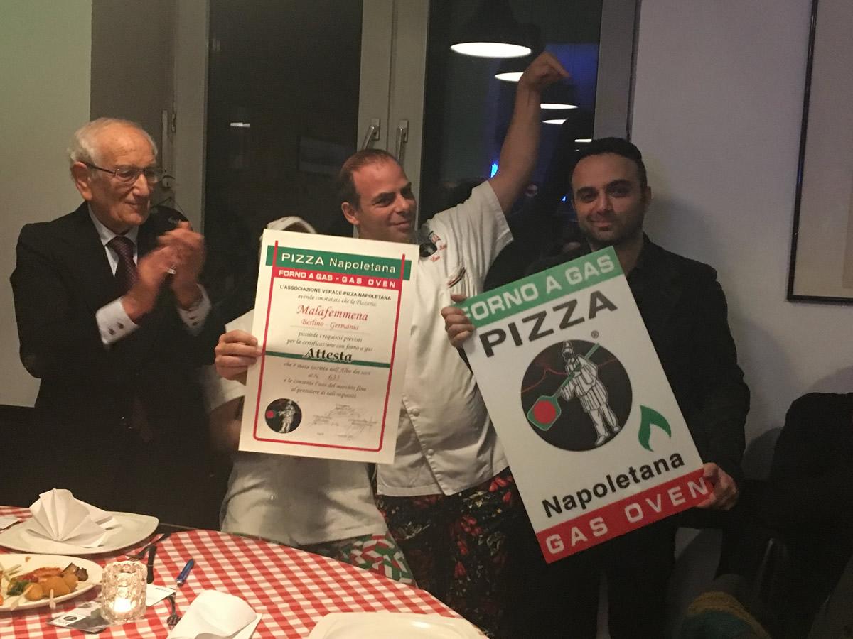 Malafemmena premiata prima pizzeria a Berlino per la vera pizza napoletana.