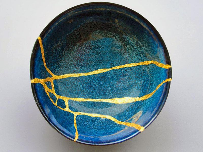 kintsugi-piatto-blu