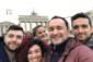 """Cinque per uno, uno per cinque… voci davanti la Porta di Brandeburgo, ovvero il mio incontro fortunato con i """"Mezzotono – Piccola Orchestra Italiana senza Strumenti"""""""